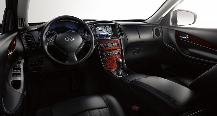 2015 Infiniti QX50 interior