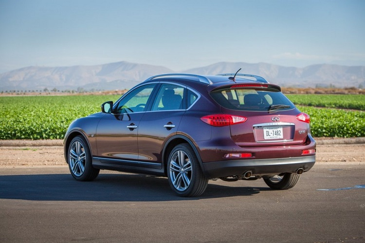 2015 Infiniti QX50 rear view