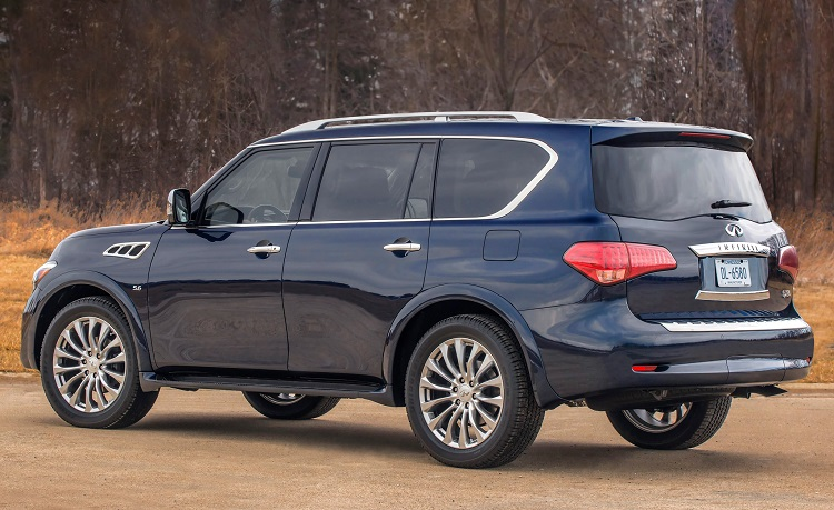 2015 Infiniti QX80 rear view
