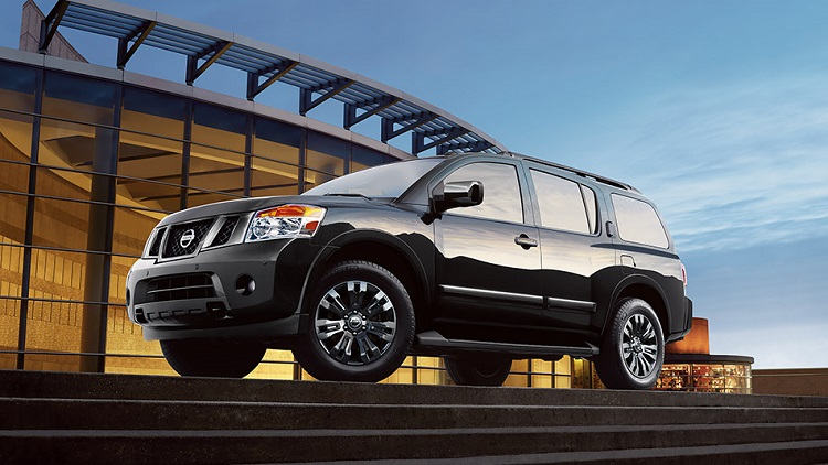 2015 Nissan Armada side view