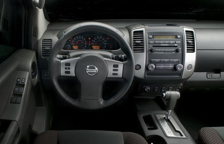 2015 Nissan Xterra interior