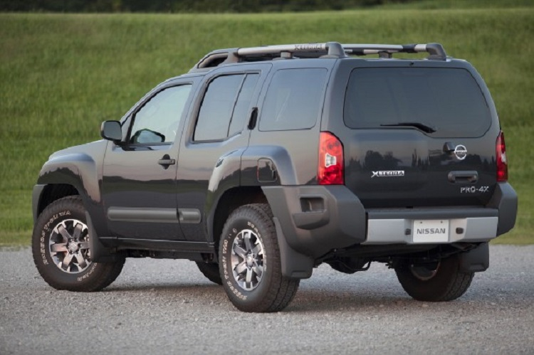 2015 Nissan Xterra rear view