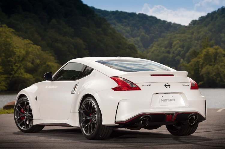 2015 nissan 370z nismo specs tech interior automatic. Black Bedroom Furniture Sets. Home Design Ideas