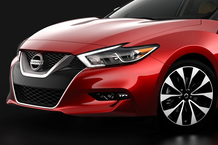 2016 Nissan Maxima front view