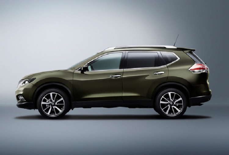 2016 Nissan x-trail side view