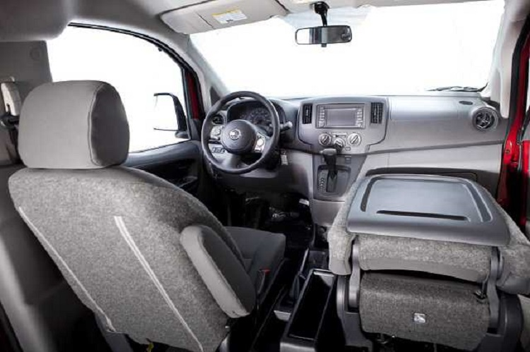 2015 Nissan NV200 interior
