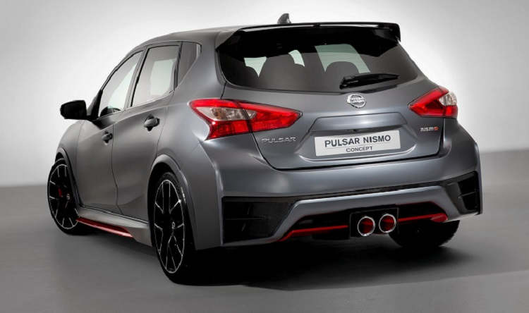 2015 Nissan Pulsar Nismo rear view