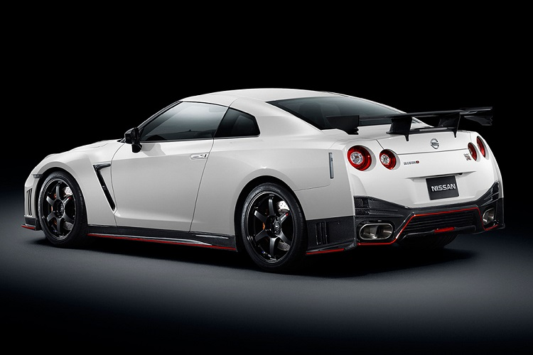 2015 Nissan Skyline GTR Nismo rear view