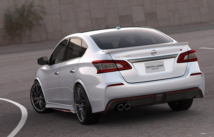2015 nissan sentra nismo rear view