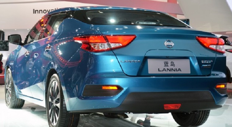 2016 Nissan Lannia rear view