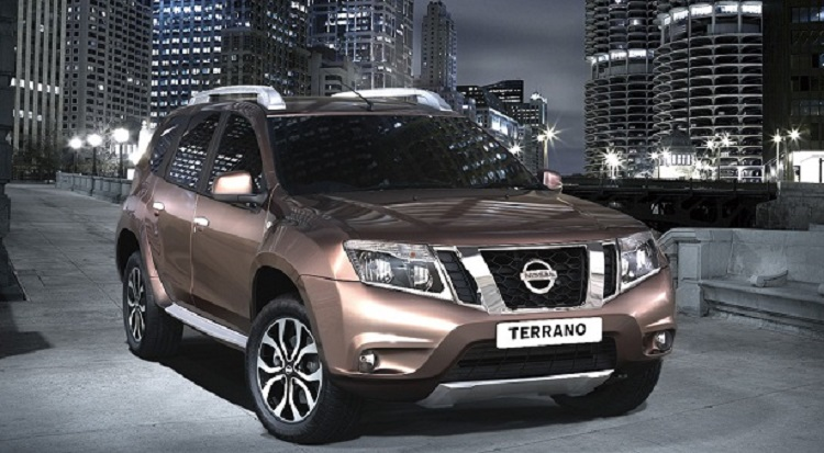 2016 Nissan Terrano front view