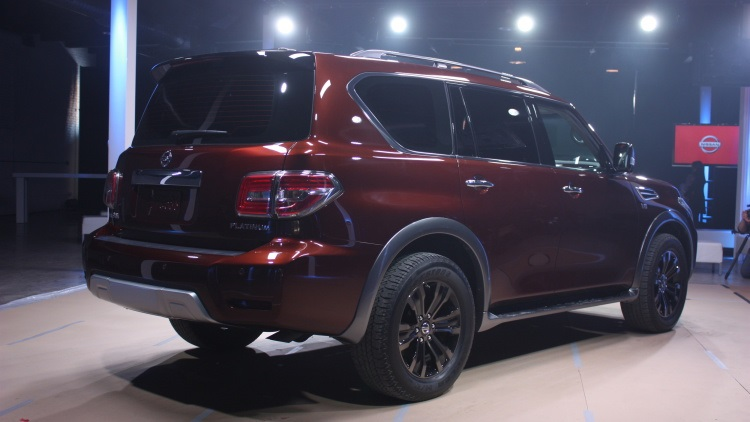 2017 nissan armada rear view