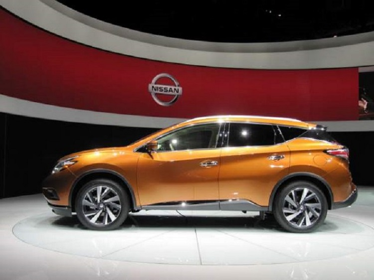 2017 nissan murano side view