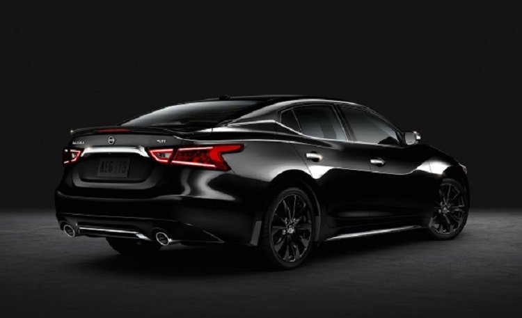 2016 Nissan Maxima SR Midnight rear view