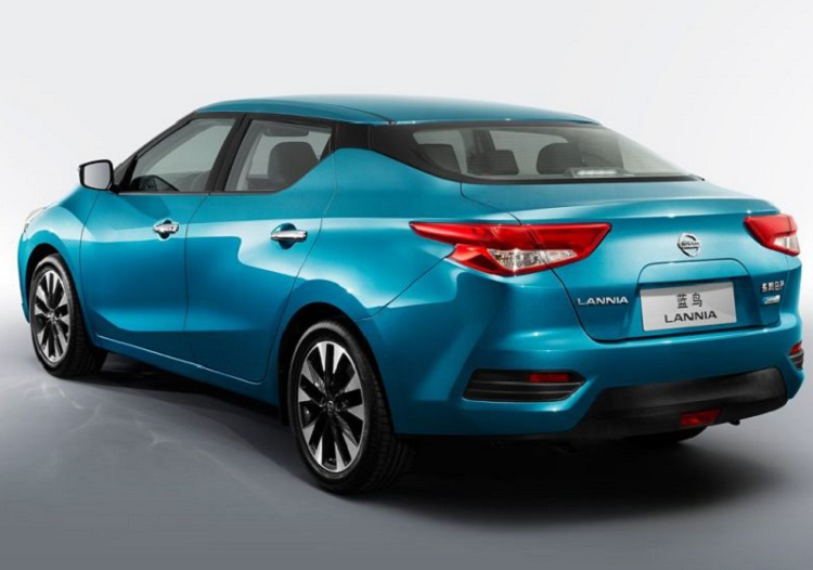 2017 Nissan Lannia rear view