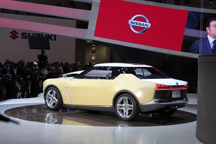 2017 Nissan iDx rear view