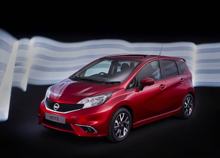 2016 Nissan Note front view
