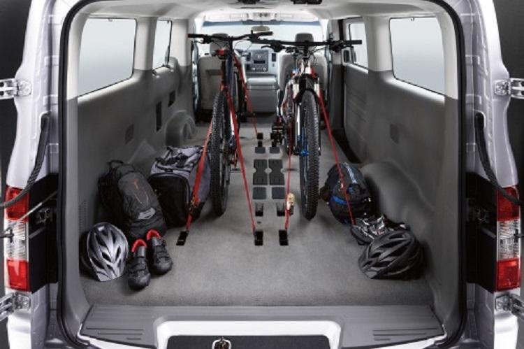 2016 Nissan NV Passenger - nv 3500hd, review, mpg