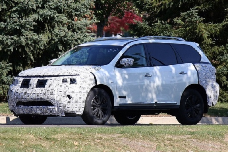 2018 Nissan Pathfinder spy