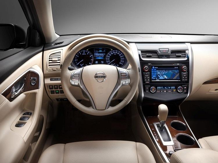 2018 Nissan Teana dashboard