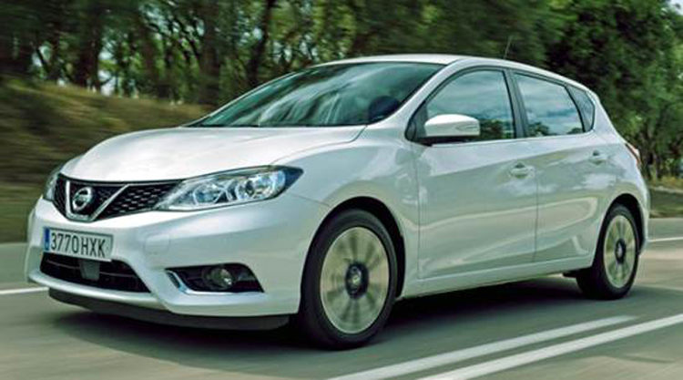 2018 nissan pulsar facelift redesign specs interior release date price. Black Bedroom Furniture Sets. Home Design Ideas