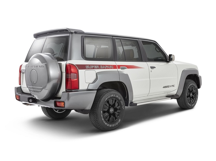 2017 Nissan Patrol Y61 rear view