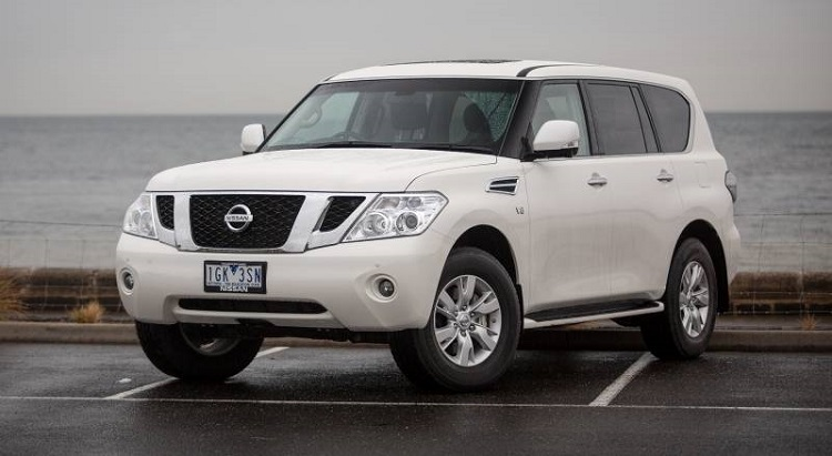 2017 Nissan Patrol Y62 front view