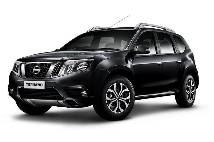 2018 Nissan Terrano front view