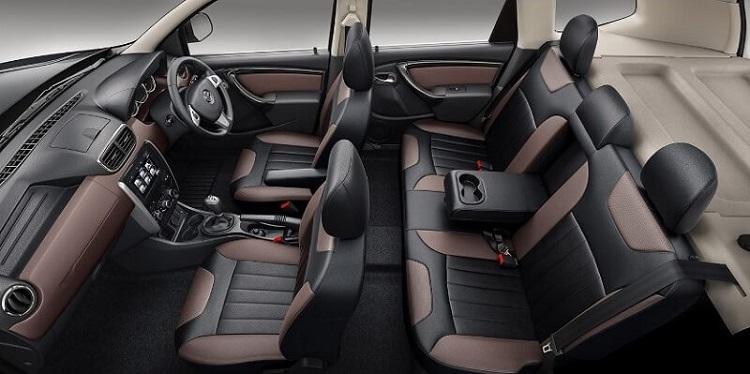 2018 Nissan Terrano interior