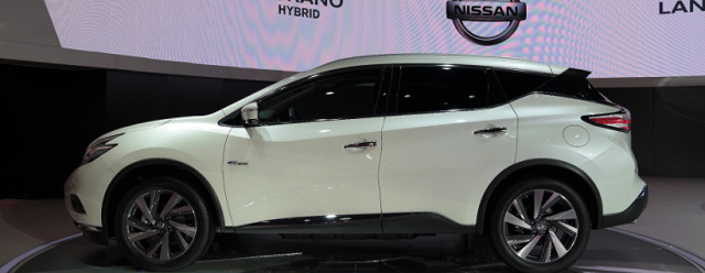 2019 Nissan Murano side view