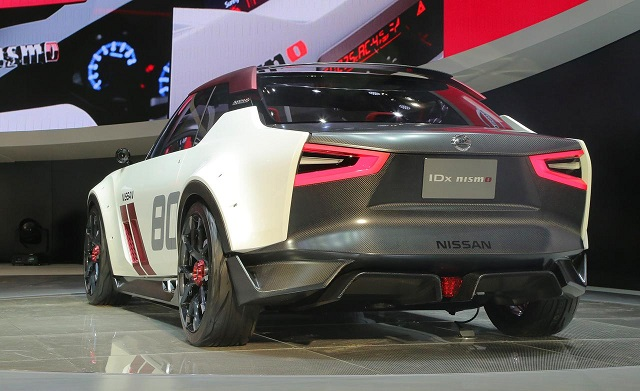 2019 nissan idx rear view