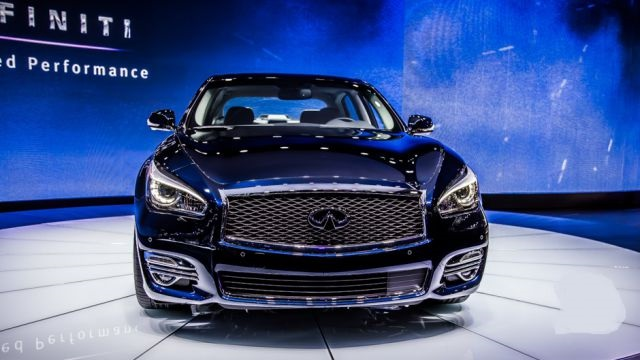 2019 Infiniti Q70 front view
