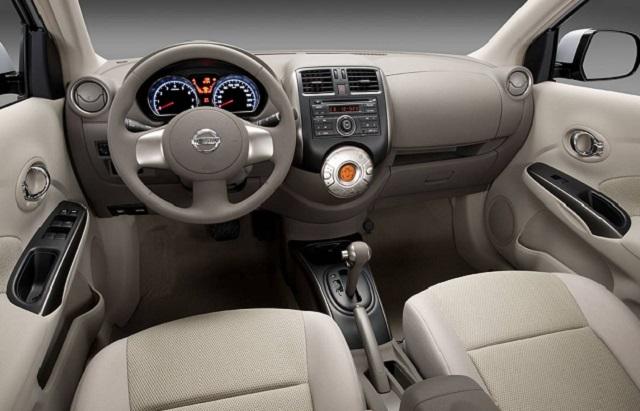 2019 Nissan Sunny interior