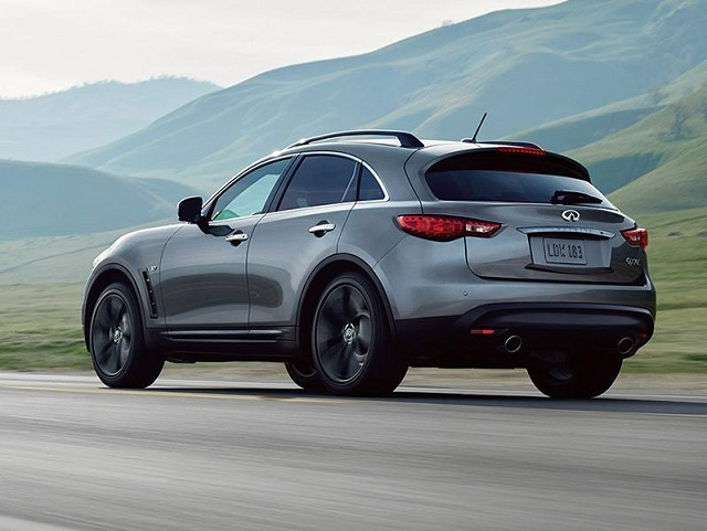 2017 Infiniti QX70 Rear View