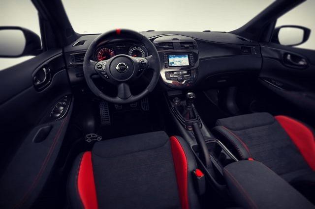 2020 Nissan Pulsar Nismo Interior